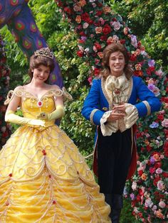 Belle and adam disney сказки, наряды. Disney Cast, Disney Magic, Belle And Adam, Beast Costume, Belle Beauty And The Beast, Disney Face Characters, Disney Cosplay, Beautiful Costumes, Disney Addict