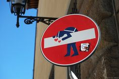 Street Art in Florence: Clet
