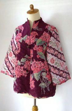 Gdh Blouse Batik, Batik Dress, Blouse Dress, Traditional Fabric, Traditional Outfits, Mode Batik, Batik Kebaya, Batik Fashion, Thai Dress