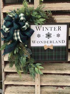 Blue Christmas Decor, Christmas Decorations, Christmas Ideas, Holiday Decor, Easter Wreaths, Holiday Wreaths, Summer Wreath, Spring Wreaths, Outdoor Wreaths