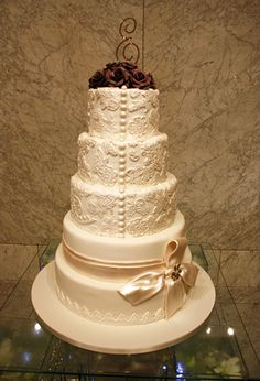 Lace Wedding Cake by Designer Cakes, via Flickr