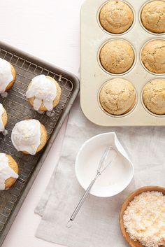 Grapefruit Poppy Seed Muffins – Annie's Eats Breakfast Items, Breakfast Recipes, Dessert Recipes, Grapefruit Recipes, Yummy Treats, Yummy Food, Small Desserts, Easy Snacks, Sweet Bread