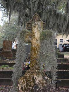 Southern graveyard