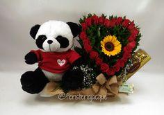 Arreglo floral de rosas Rojas, Girasol, peluche y chocolate $200.000 para entrega en Medellín. #floristeriasmedellin #floresjacque