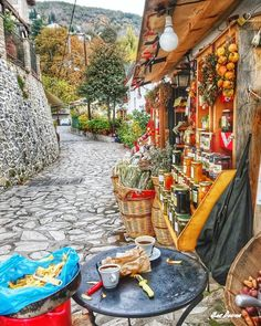 The charm and atmosphere of villages 🌹🍃 Herb shop in Makrinítsa village, Magnesia, Greece by Zoe Douna. Wonderful Places, Beautiful Places, Herb Shop, Just Amazing, Around The Worlds, Journey, Herbs, Photo And Video, Landscape