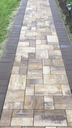 Great color combo on this #portjefferson walkway! jescobrick.com