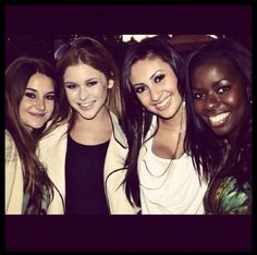 Shailene Woodley, Francia Raisa, Camille Winbush, and another actress who's name I don't know sadly
