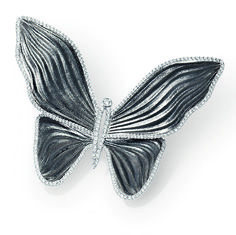 Stunning butterfly diamond pavé and 18kt blackened white gold brooch.