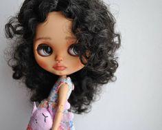 #blythe #blythedoll #customdolls #customeblythe #customblythedoll #ooakblythedoll #bjd #handmade #Romina #girl #children #art #avlcustomdolls