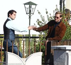 Henry Cavill as Napoleon Solo and Armie Hammer as Ilya Kuryakin, on set of The Man from U. in Rome Go To Movies, Great Movies, Codename U.n.c.l.e, Uncle Movie, Henry Cavill News, Napoleon Solo, Love Henry, Guy Ritchie, Armie Hammer