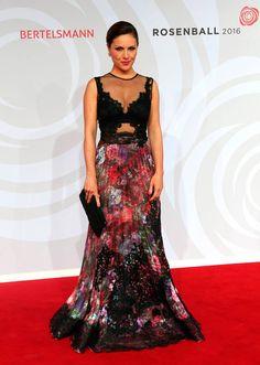 Nazan Ecke in Yolan Cris at #RosenBall2016  #YolanCris #RosenBall #CelebritySTYLE #NazanEcke #redcarpet #redcarpetlook #Eveningdress #floraldress