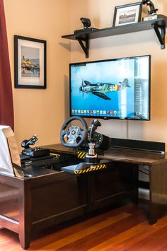 Post with 40923 views. The Flying Coffin Flight Simulator Cockpit, Racing Simulator, Gaming Room Setup, Pc Setup, Gaming Rooms, Computer Setup, Borne Arcade, Build A Table, Video Game Rooms
