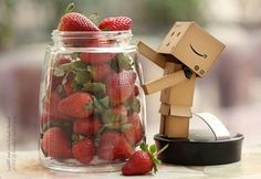 strawberries...nom  nom!!!