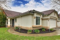 View property details for 8577 Summer Vista Court, Elk Grove, CA. 8577 Summer Vista Court is a Single Family property with 4 bedrooms and 2 total baths for sale at $310,000. MLS# 16012057.