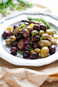 Marinated Olives Marinated Olives with Garlic, Rosemary and Thyme | gourmandeinthekitchen.com