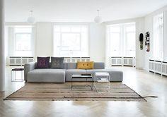 Mags van Hay, strakke uitv, Flexibel zitten met een modulaire bank | Interieur design by nicole & fleur
