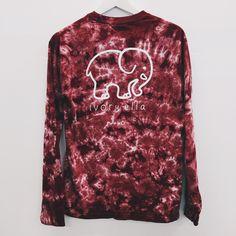 Pocketed Maroon Acid Wash Classic Print, size M Love Fashion, Fashion Outfits, Womens Fashion, Tie Dye Shirts, Cute Shirts, Dress To Impress, What To Wear, Long Sleeve Shirts, Cute Outfits
