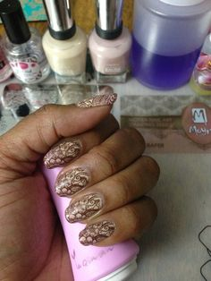 Sally Hansen, Without a Stitch, Gray-t Escape, Stamping Polish Konad Brown & Moyra Plate 19- MAHARAJA...