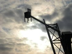 Chair in the sky (Jardin de sculptures du CCA) Quebec, Utility Pole, Sculptures, Photos, Sky, Canning, Chair, How To Make, D Day