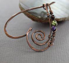 Copper heart shawl pin with peridot garnet and amethyst Copper Jewelry, Beaded Jewelry, Handmade Jewelry, Copper Wire, Jewellery, Wire Jewelry Designs, Jewelry Patterns, Wire Pendant, Scarf Jewelry