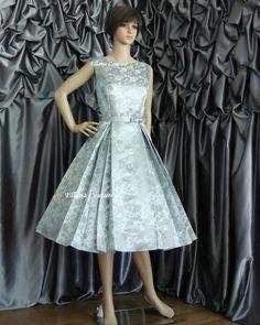 Betty - Vintage Style Tea Length Wedding Dress. Beautiful Brocade. READY TO SHIP. #EasyNip