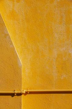 Yellow - Jessica Backhaus, Symphony of Shadows, Note 18 2011.