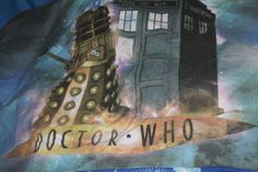 Dr Who Single Duvet Cover with the Tardis, Dalek, Moxx of Balhoon and Silveen with 1 pillowcase Rare Christopher Eccleston Era by AtticBazaar on Etsy Christopher Eccleston, Police Box, Single Duvet Cover, Dalek, Tardis, Science Fiction, Duvet Covers, Handmade Gifts, Painting