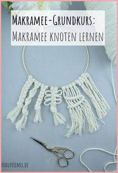 Macrame DIY: Learn macrame with simple macrame instructions – Learn macrame step by step for great macrame projects. Macrame DIY: Learn macrame with simple macrame instructions – Learn macrame step by step for great macrame projects. Diy Jewelry Unique, Diy Jewelry To Sell, Diy Jewelry Holder, Diy Jewelry Tutorials, Macrame Projects, Crochet Projects, Diy Macrame Wall Hanging, Macrame Mirror, Macrame Curtain