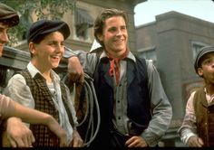 The Ultimate Newsies Trivia Quiz - Disney Ideen Christian Bale, Jack Kelly, Retro Poster, Trivia Quiz, Celebrity Crush, Movies And Tv Shows, Movie Tv, 90s Movies, Videos