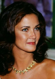 Things regarding Wonder Woman and Lynda Carter. Linda Carter, Beautiful Celebrities, Beautiful Actresses, Divas, Viejo Hollywood, Victoria Principal, Wonder Woman Comic, Wonder Women, Norma Jeane