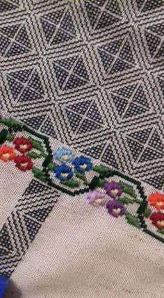 Roman Shades, Bohemian Rug, Curtains, Rugs, Flora, Home Decor, Needlepoint, Embroidery, Farmhouse Rugs