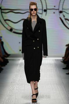 Céline at Paris Fashion Week Spring 2016   Runway and Backstage ... 93a18c2da30
