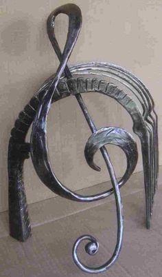 Resultado de imagem para iron sculpture