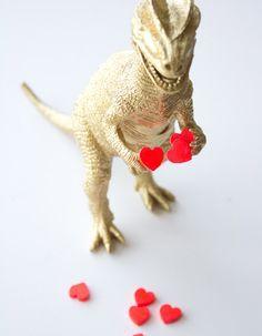 How to make a dinosaur Valentine!