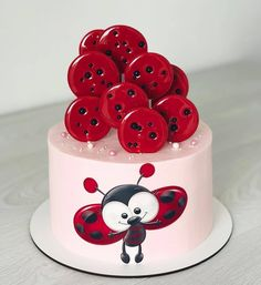 😍😁 Please comment what you think about this cake 😊 . Buttercream Cake, Fondant Cakes, Cupcake Cakes, Creative Cake Decorating, Creative Cakes, Cake Topper Tutorial, Cake Toppers, Ladybug Cakes, Fantasy Cake