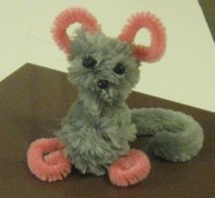 Preschool Kid's Craft: How to Make a Pipe Cleaner Mouse