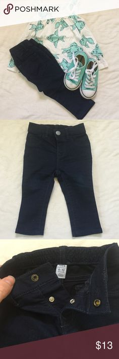 Gap baby jeans Baby Gap jeans. 2 snaps in the front and 2 pockets on the back. They stretch around the waist. GAP Bottoms Jeans