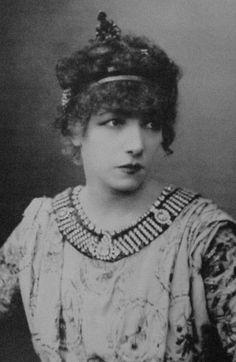 Université de Napierville - Sarah Bernhardt -