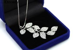2017 Fashion Full Rhinestone Leaves Long Necklace Women New Necklaces & Pendants Jewelry Wholesale Fine Gifts Bijoux-in Pendant Necklaces from Jewelry & Accessories on Aliexpress.com | Alibaba Group