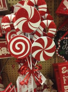 50 Best Candy Cane Christmas Decorations which are the Sweetest things you've Ever Seen - Hike n Dip Can't get enough of candy canes? Learn how to decorate your home for Christmas with these Candy Cane Christmas Decorations Ideas right here.