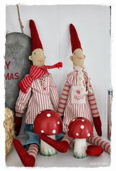 .jule tilde dukker