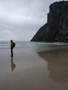 Kalvika Beach / Whale bay