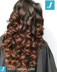 Scegli il tuo Degradé Joelle.  #cdj #degradejoelle #tagliopuntearia #degradé #igers #musthave #hair #hairstyle #haircolour #longhair #ootd #hairfashion #madeinitaly #matera #matera2019 #sassidimatera