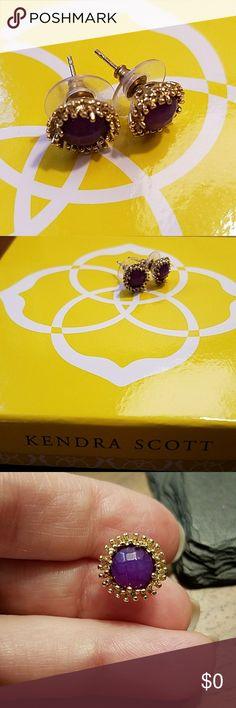 Kendra Scott Carly Purple Onyx earrings worn 1x! Like New! Sparkly Kendra Scott Carly earrings. Purple faceted stones catch light and are surrounded by gold spikes. Only worn once! Original box included Kendra Scott Jewelry Earrings