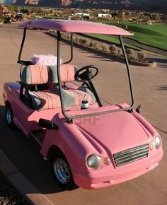 Very cute golf cart!