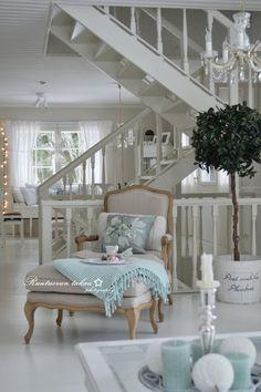 RUUTUOVEN TAKAA : Äänestä kaunein koti!