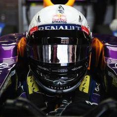 Vettel's new helmet. #redbull #vettel #f1