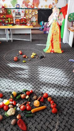 Activities For Kids, Autumn, Vegetables, Food, Fall Season, Children Activities, Essen, Fall, Vegetable Recipes