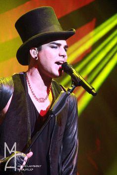 Adam Lambert in a top hat = SEXY as hell!!!
