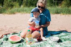 A Family Beach Picni